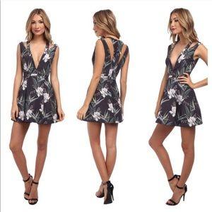 Stylestalker Catch A Wave Dress in Dark Tropical